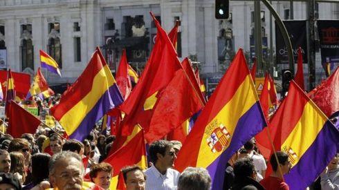 Lara-Monarquia-advenimiento-III-Republica_EDIIMA20130414_0109_14